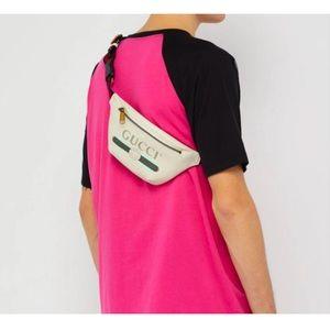Gucci Unisex's logo print belt bag size 90